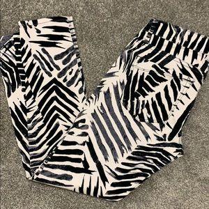 Express black white jeans size 6